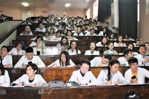 В Медакадемии Кыргызстана читают лекции о коронавирусе