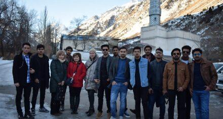 Студенты факультета Лечебное дело с английским языком обучения побывали в ущелье Ысык-Ата и Бурана