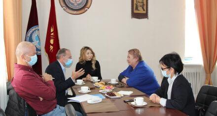 Ректор КГМА встретилась с представителями проекта «Реформирования медицинского образования в КР»