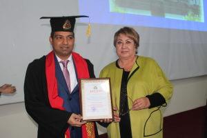 Хирург из Индии стал почетным профессором Медакадемии Кыргызстана