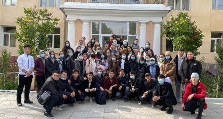 Студенты КГМА посетили дом престарелых