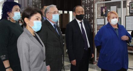 В КГМА состоялось вручение гуманитарной помощи из Казахстана
